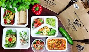 Catering dietetyczny – dieta pudełkowa – dania dietetyczne
